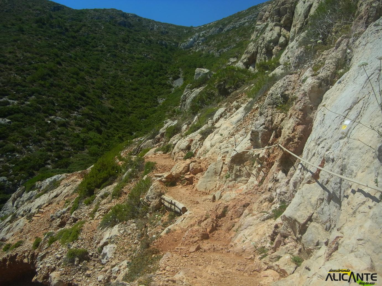 ruta-hacia-la-cova-tallada-javea