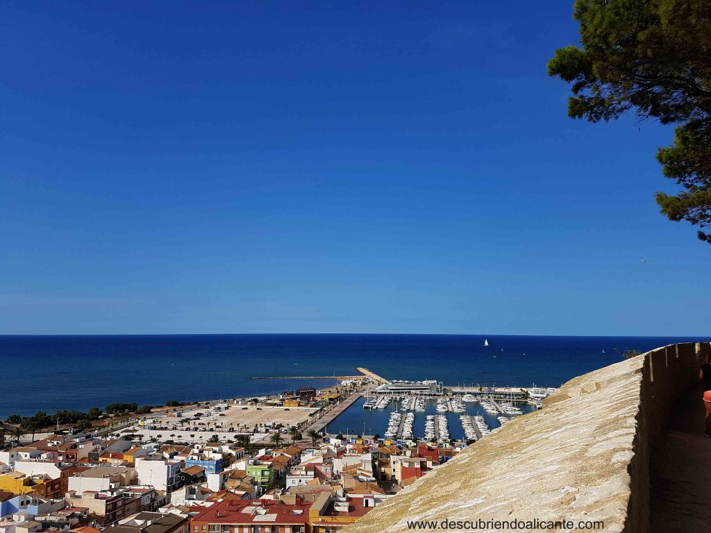 Vistas al mar desde el Castillo de Denia