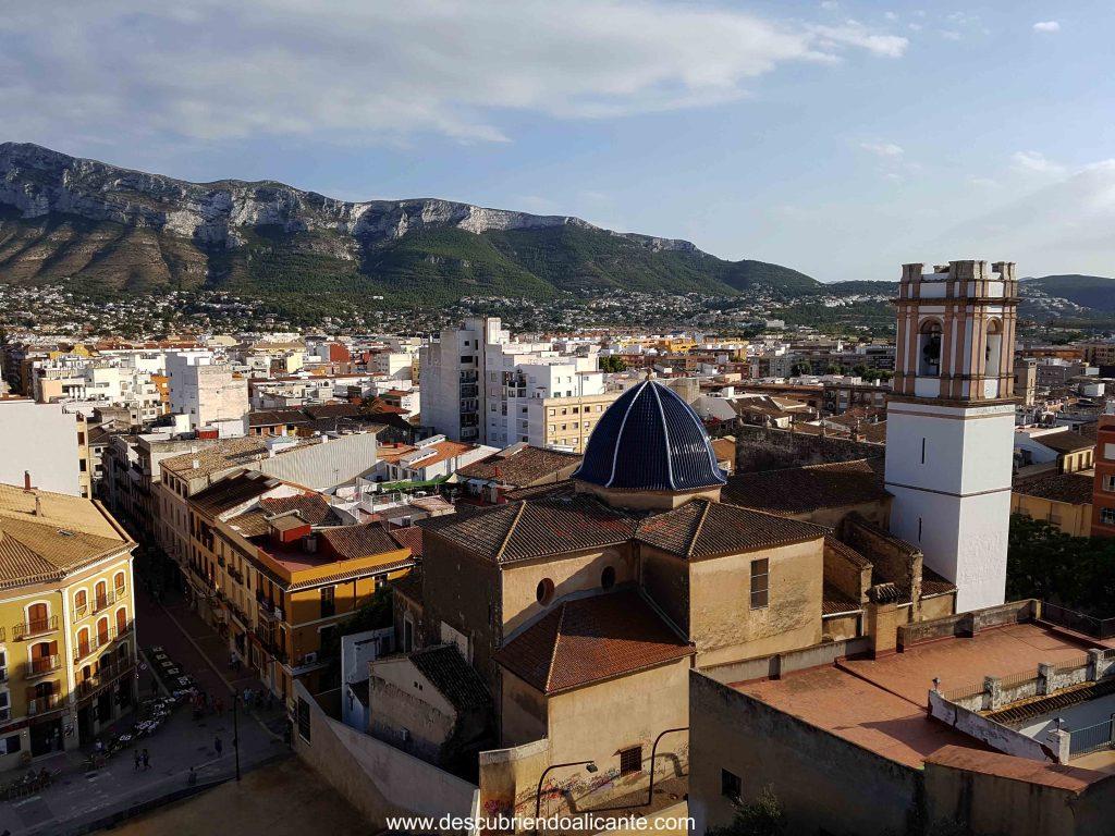 Vistas al Montgo desde el Castillo de Denia