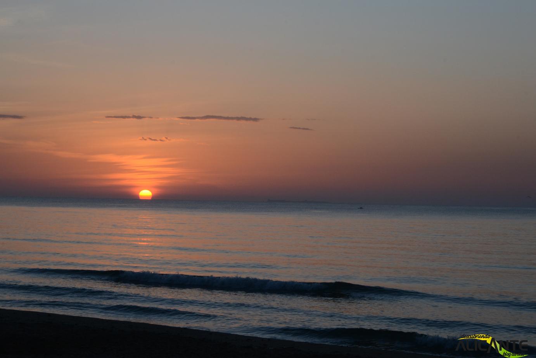 amanecer-en-la-playa-del-pinet-elche-1