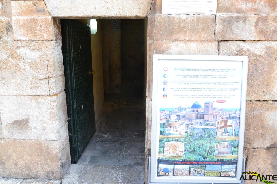 entrada-al-campanario-de-la-basilica-de-santa-maria-elche