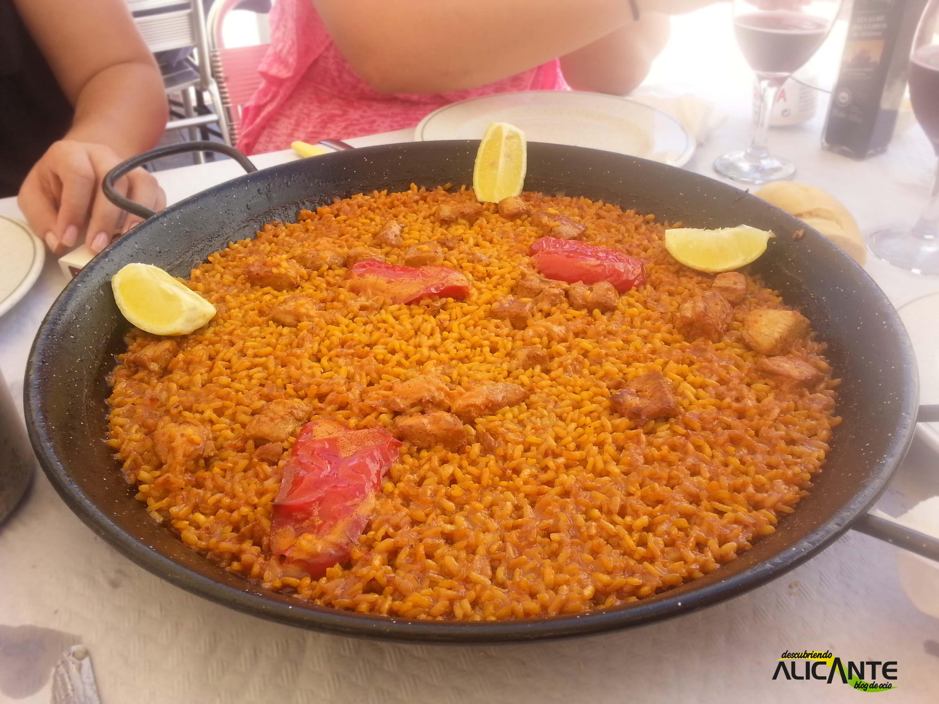 comer-en-tabarca-arroz-a-banda