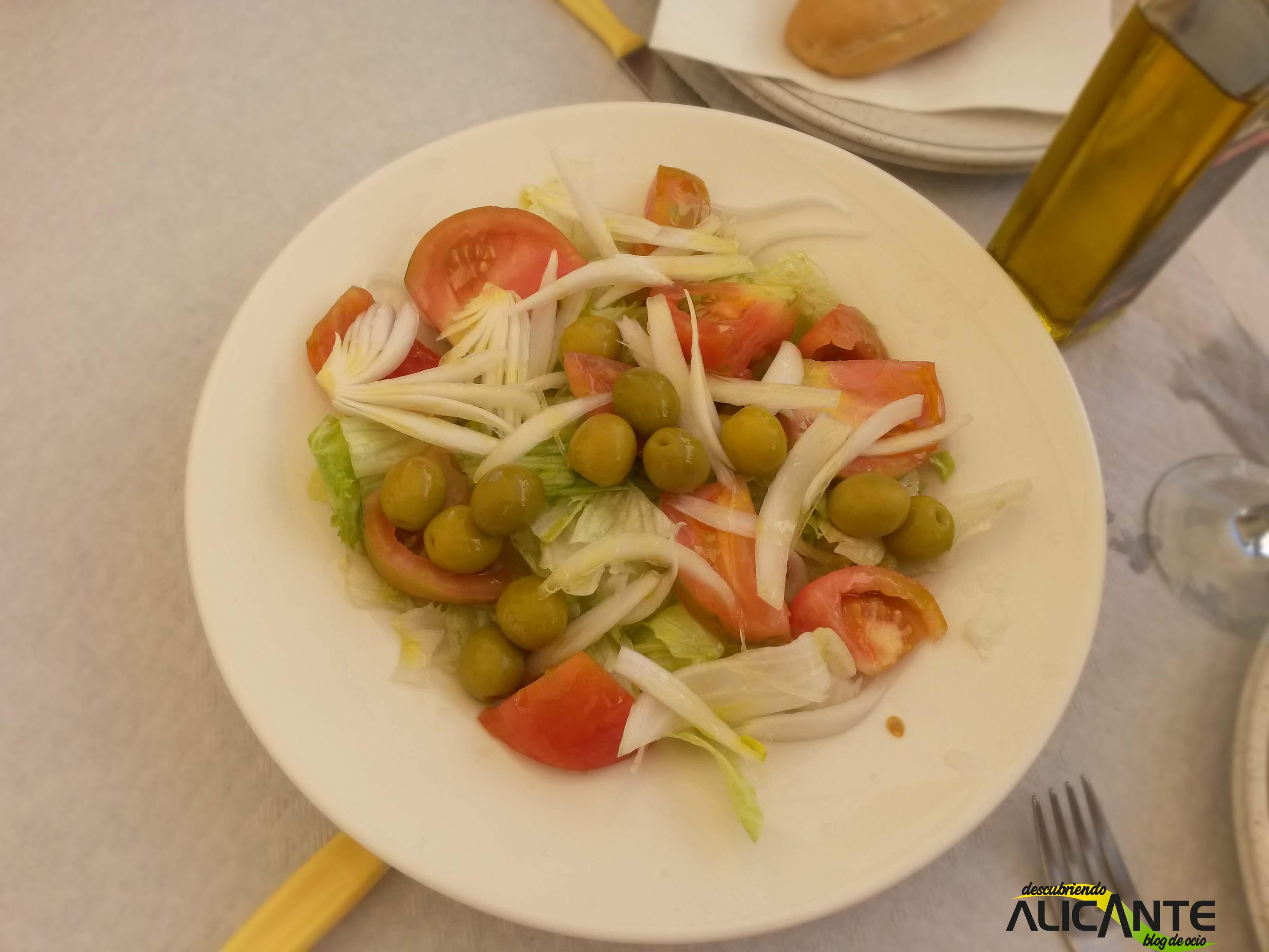 comer-en-tabarca-ensalada