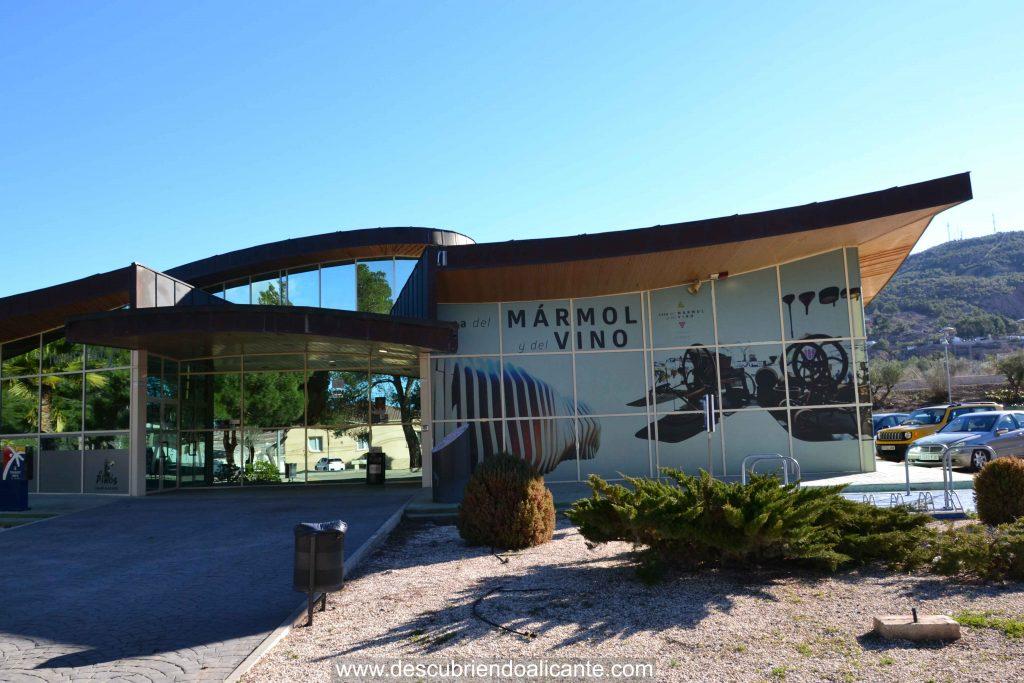 edificio museo del vino y marmol pinoso