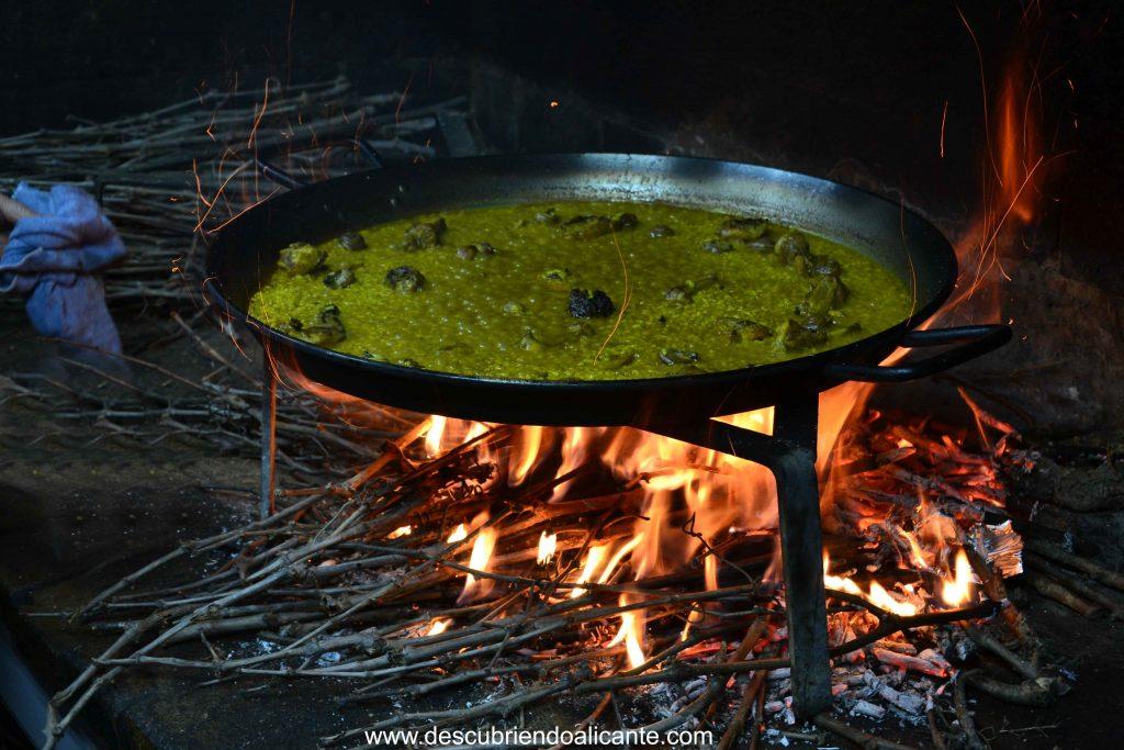 restaurante alfonso pinoso arroz-conejo-caracoles-sarmiento-brasa