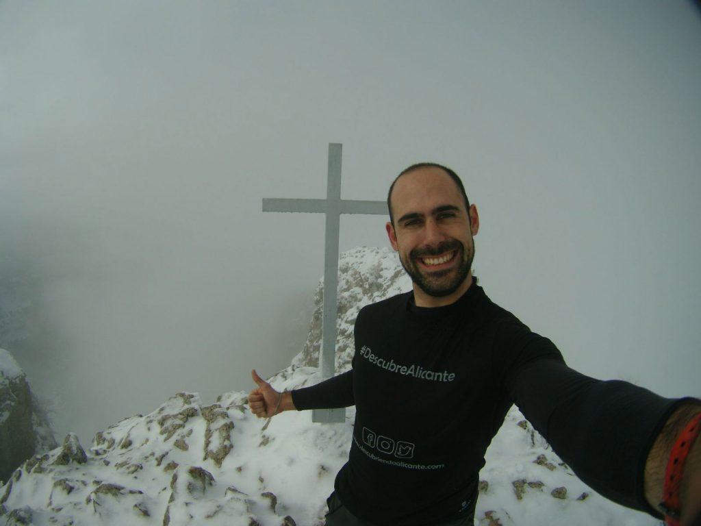 Jorge Candela en la Serrella, Pla de la Casa, nevada