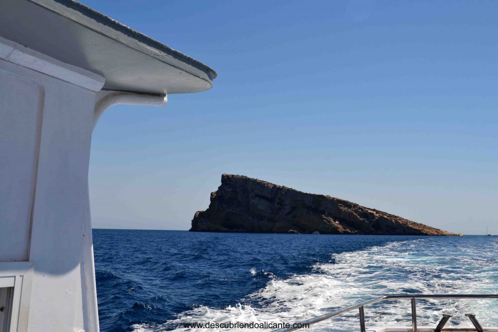 barco isla de benidorm