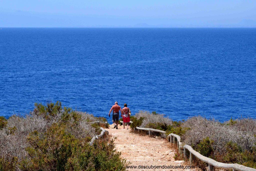 ruta de senderismo isla de benidorm